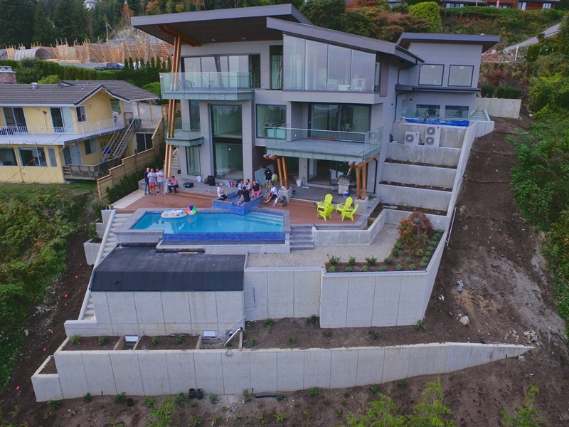 luxury-house-retaining-walls (services)