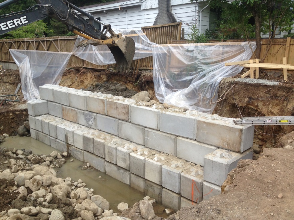 lock-block-retaining-wall (services)-excavations-and-shoring