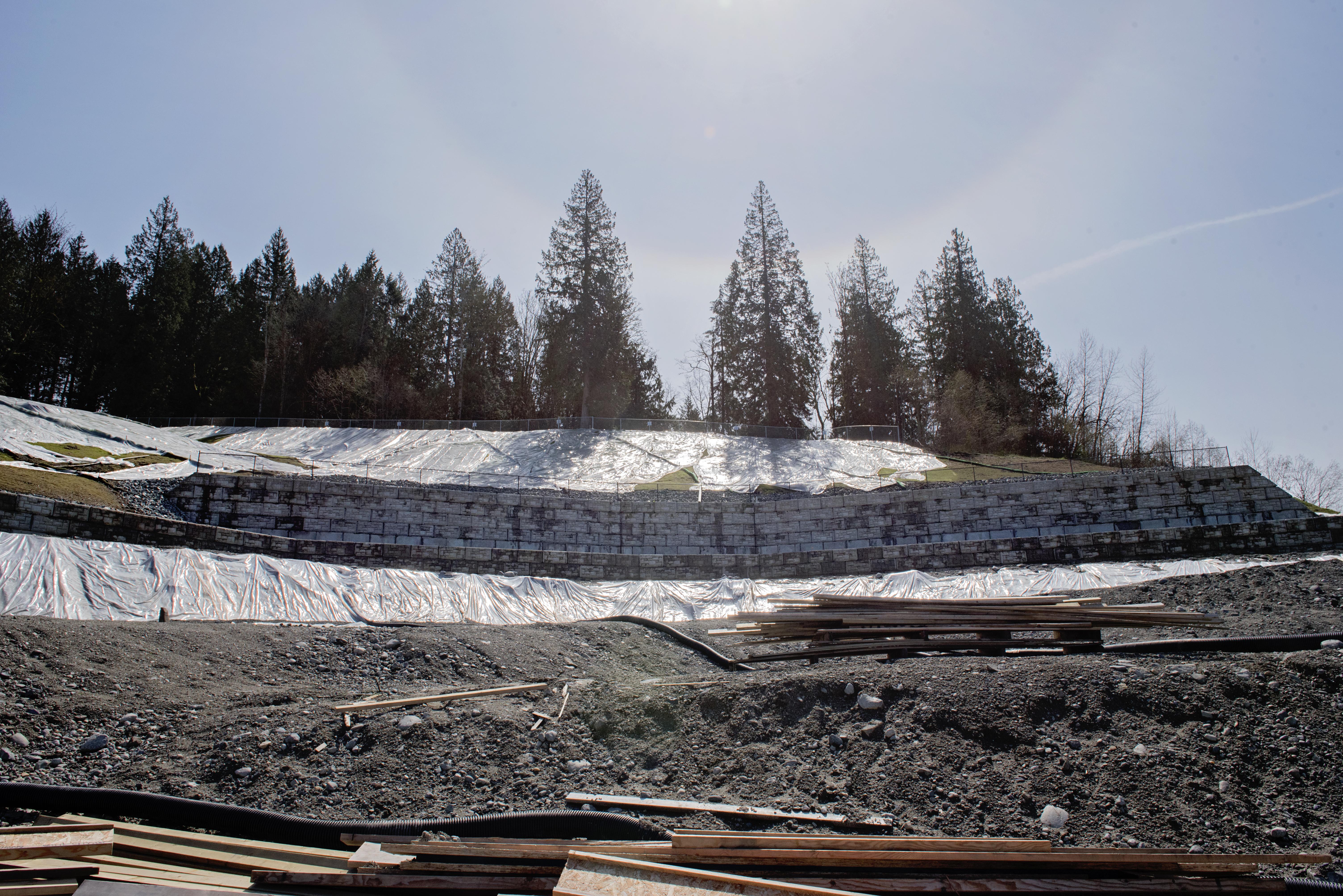 site-retainingwall-landscape